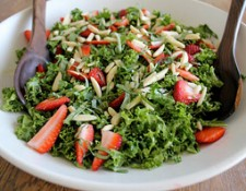 Strawberry-Kale-Salad-with-Almonds
